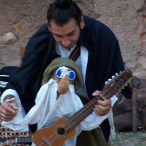 cuentos-titeres-y-musica-baja